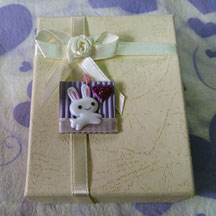 inchie gift topper photo