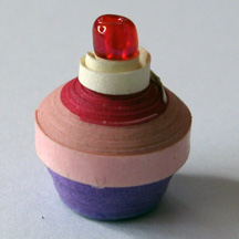 quilled cupcake photo